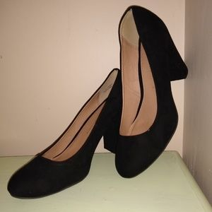 Chinese Laundry chunky suede pumps